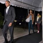 Gia đình ông Barack Obama trở về mái nhà xưa
