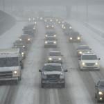 Trận bão mùa đông trút mưa và tuyết xuống vùng Đông Bắc Hoa Kỳ