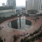 Thủ đô Jakarta chìm trong biển lũ