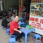 Ăn sáng giữa tiết trời mát lạnh ở Hà Nội