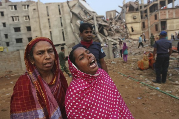 130426-bangladesh-building-collapse-aftermath-12