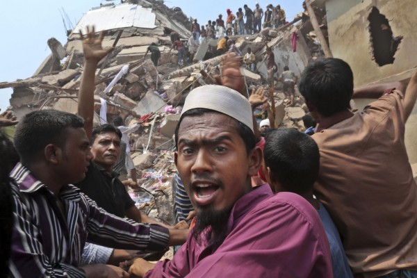 130426-bangladesh-building-collapse-aftermath-13