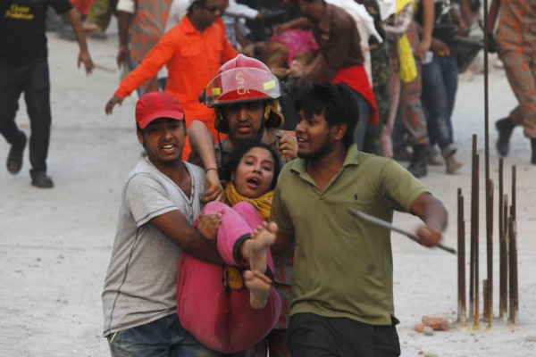 130426-bangladesh-building-collapse-aftermath-21