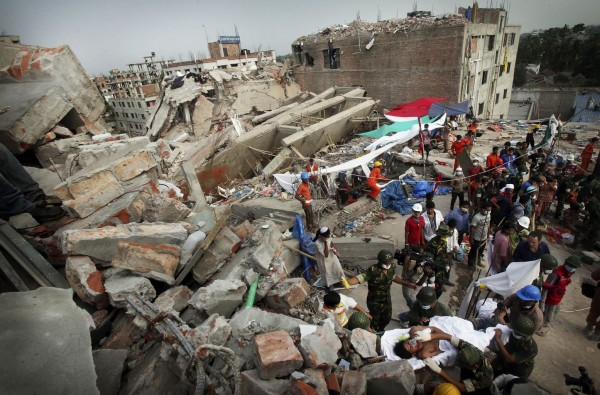 130427-bangladesh-building-collapse-07