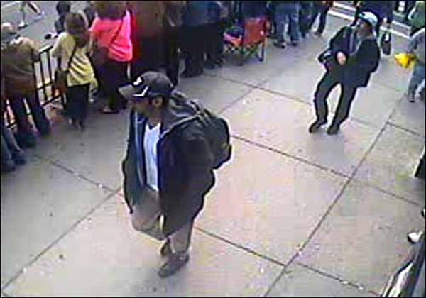 boston-bombs-suspects-backpack-01