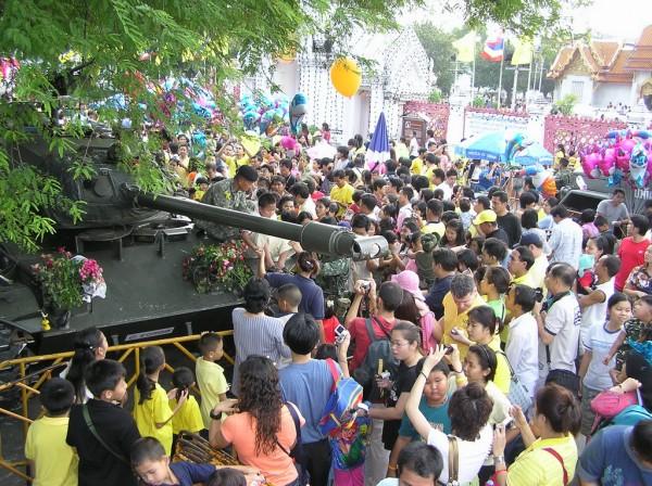 0609-24-26-phphuoc-thailand-bangkok-coup-046_resize