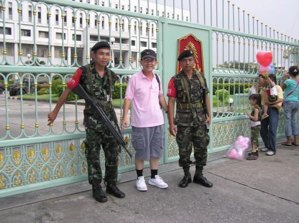 0609-24-26-phphuoc-thailand-bangkok-coup-062_resize