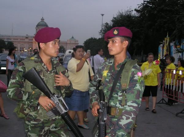 0609-24-26-phphuoc-thailand-bangkok-coup-125_resize