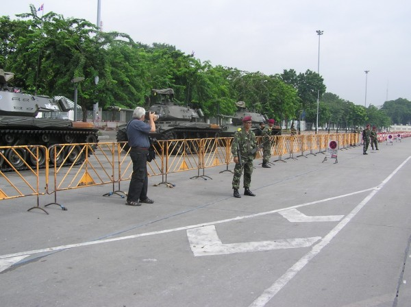 0609-24-26-phphuoc-thailand-bangkok-coup-150_resize