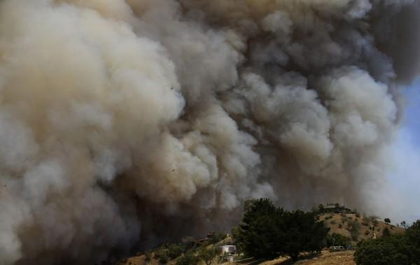 130503-wildfire-malibu-california-02