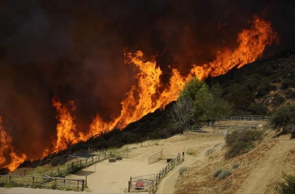 130503-wildfire-ventura-california-05