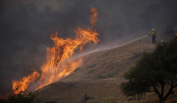 130503-wildfire-ventura-california-06