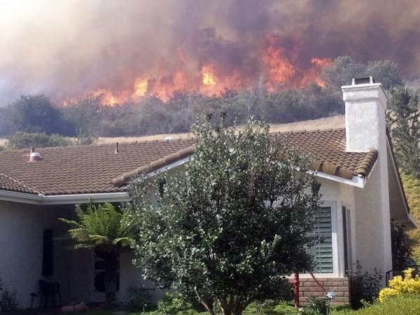 130503-wildfire-ventura-california-12