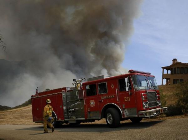 130503-wildfire-ventura-california-15