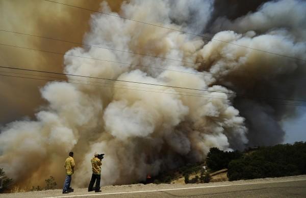 130503-wildfire-ventura-california-17