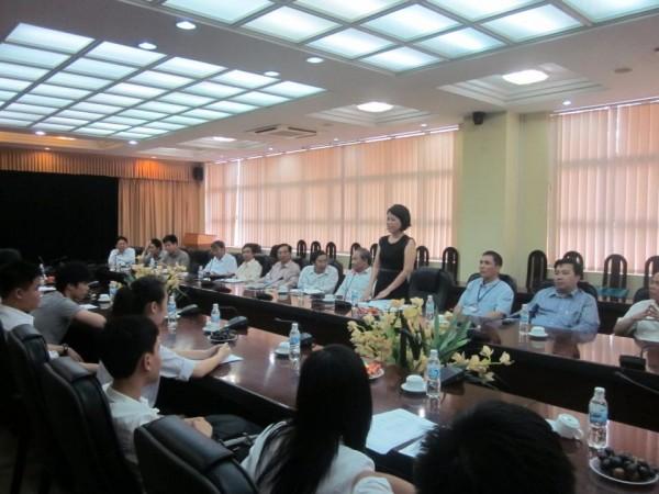 130509-intel-isef-vietnam-meetings-02