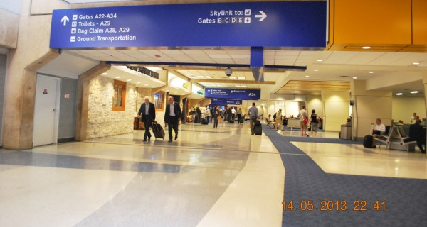 130514-phphuoc-intel-isef-dallas-dfw-airport-02