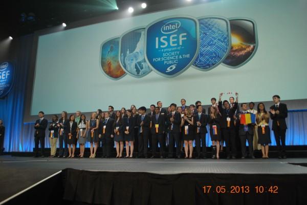 130517-phphuoc-intel-isef-phoenix-awards-141_resize