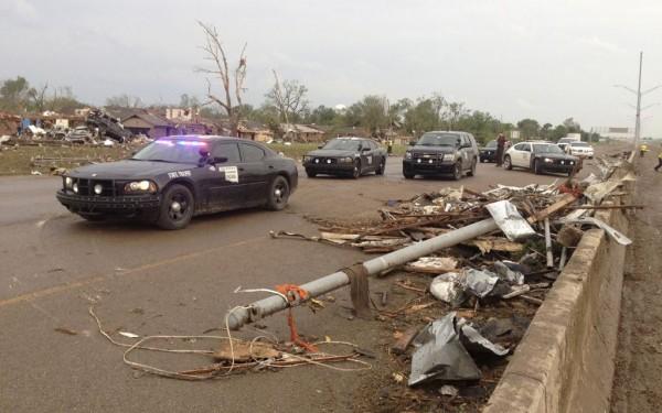 130520-oklahoma-tornado-13