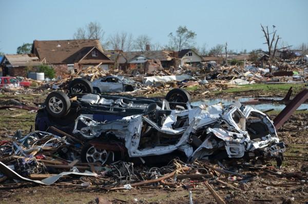 130602-mvannhan-tornado-moore-ok-002_resize