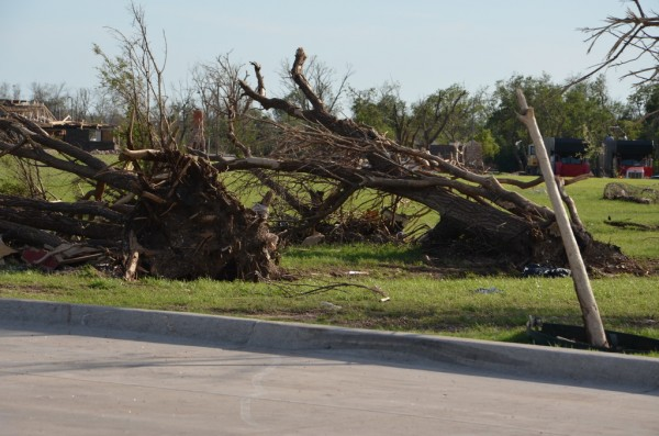 130602-mvannhan-tornado-moore-ok-003_resize
