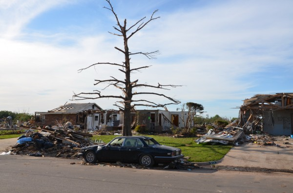 130602-mvannhan-tornado-moore-ok-006_resize