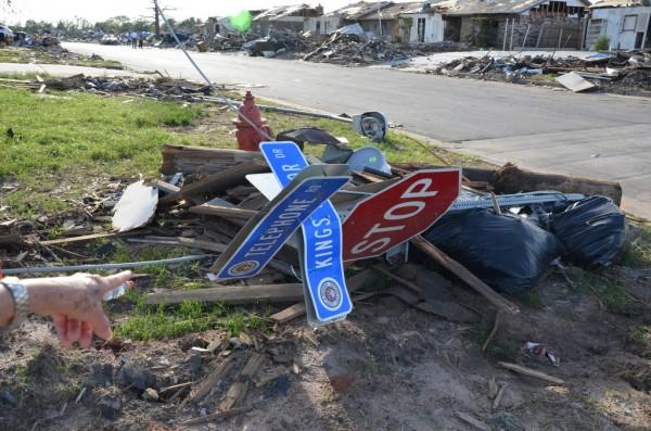 130602-mvannhan-tornado-moore-ok-009_resize