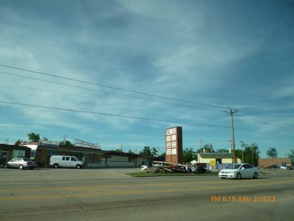 130602-phphuoc-oklahoma-moore-tornado-011_resize