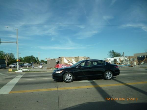 130602-phphuoc-oklahoma-moore-tornado-012_resize