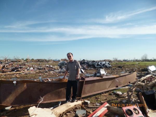 130602-phphuoc-oklahoma-moore-tornado-020_resize