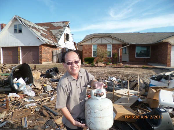 130602-phphuoc-oklahoma-moore-tornado-029_resize