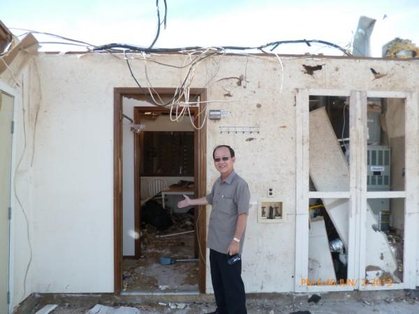 130602-phphuoc-oklahoma-moore-tornado-034_resize