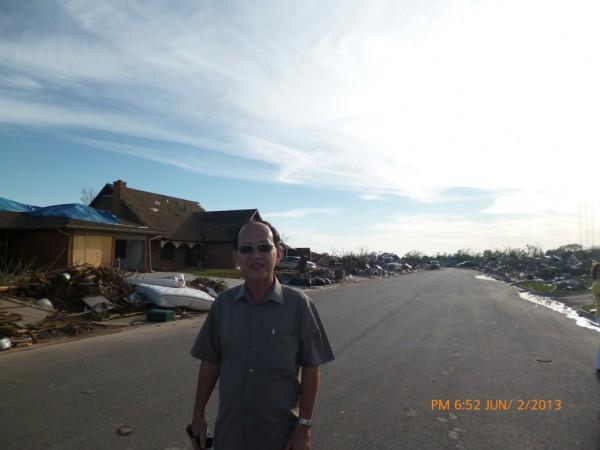 130602-phphuoc-oklahoma-moore-tornado-036_resize