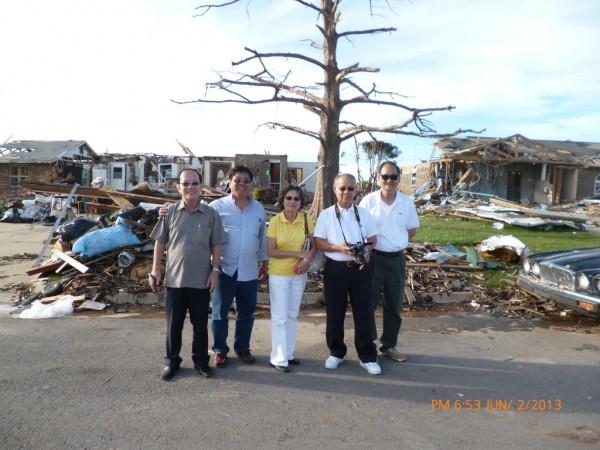 130602-phphuoc-oklahoma-moore-tornado-038_resize