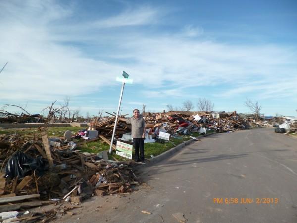 130602-phphuoc-oklahoma-moore-tornado-041_resize