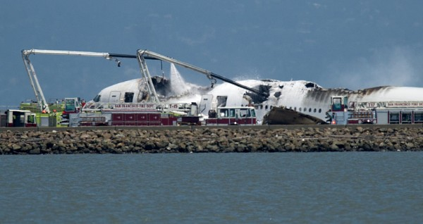 130706-asiana-airlines-crashed-sfo-01