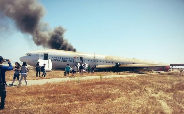 130706-asiana-airlines-crashed-sfo-03