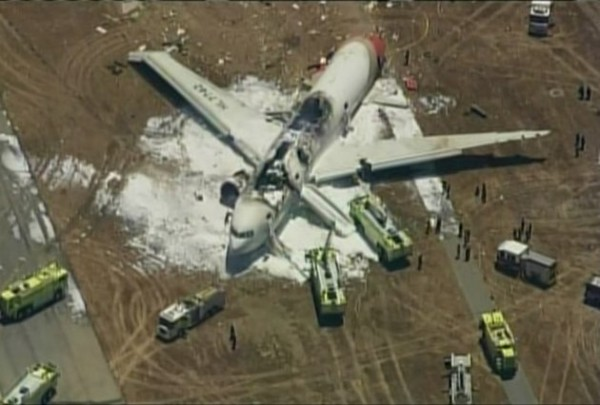 130706-asiana-airlines-crashed-sfo-04