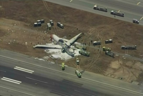 130706-asiana-airlines-crashed-sfo-05