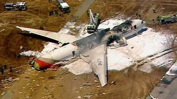 130706-asiana-airlines-crashed-sfo-11