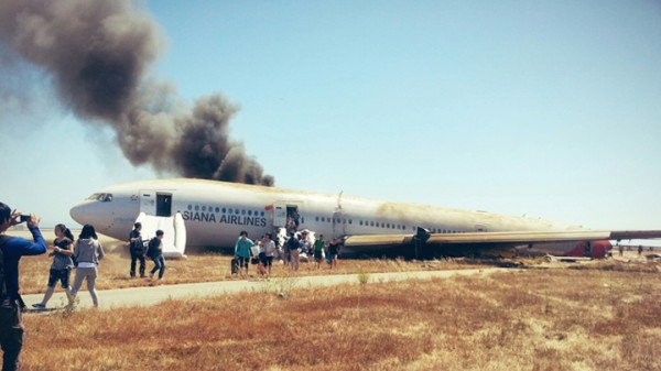 130706-asiana-airlines-crashed-sfo-12