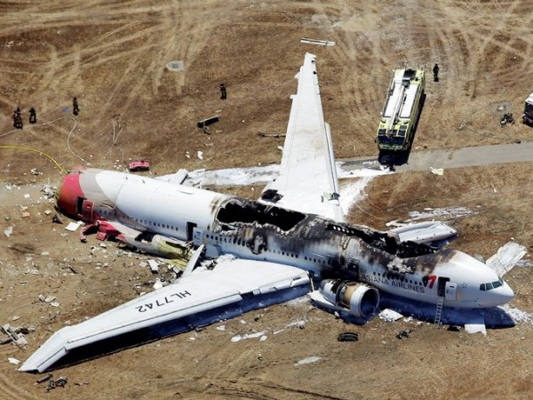 130706-asiana-airlines-crashed-sfo-13