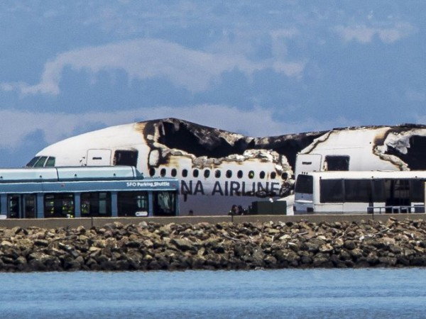 130706-asiana-airlines-crashed-sfo-14