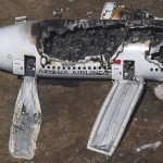 Hai tình tiết gây sốc trong vụ máy bay Asiana lâm nạn ở San Francisco