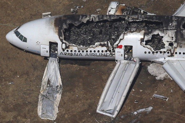 130706-asiana-airlines-crashed-sfo-35