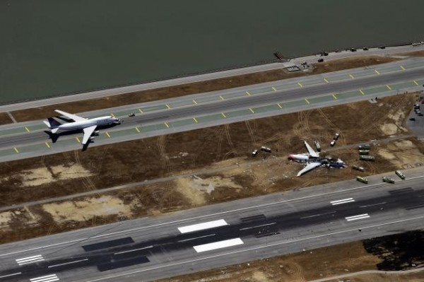 130706-asiana-airlines-crashed-sfo-39