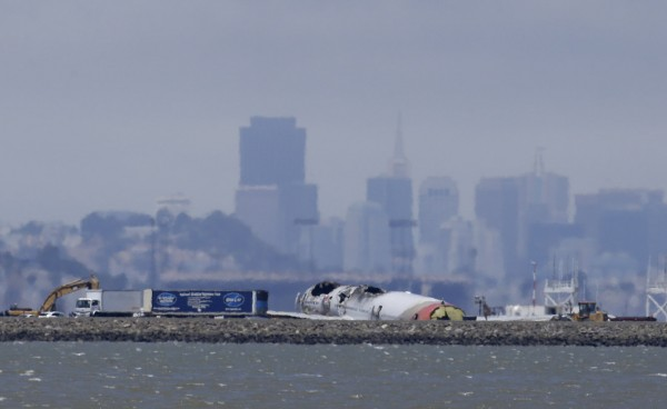 130706-asiana-airlines-crashed-sfo-51