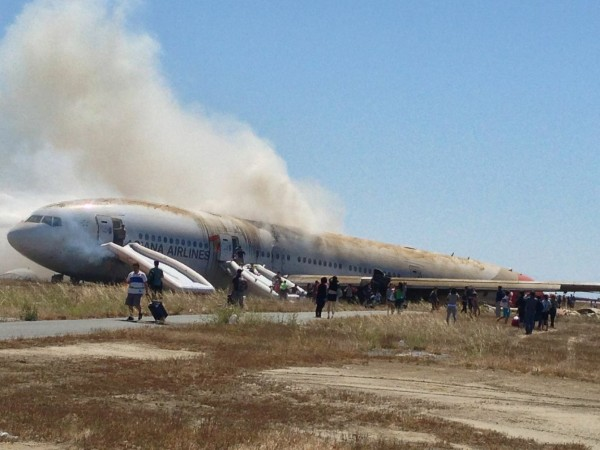 130706-asiana-airlines-crashed-sfo-55