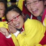 Hai nữ sinh Trung Quốc bất hạnh học giỏi, tài năng và dễ thương