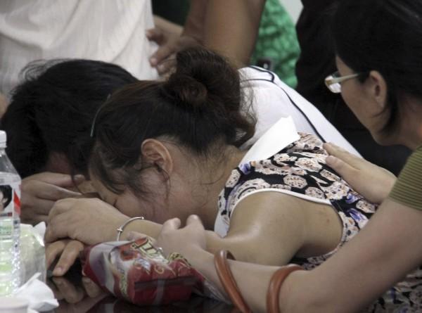 130707-asiana-airlines-crashed-sfo-03-wang-linjia-parents-school-quzhou